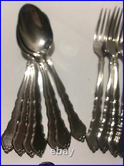 41 Pieces Oneida Satinique Stainless Flatware Lot (#ii)