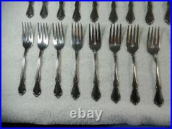 48pc Oneidacraft Deluxe Stainless Community Chateau Pattern Flatware