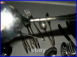 54 Pcs. Set- Oneidacraft Deluxe Stainless Flatware Set/Lasting Rose Pattern/NM