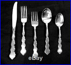 60pc Oneida Valerie Distinction Deluxe HH Flatware Boxed Set 12 Place settings