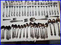 65pc ONEIDA COMMUNITY LOUISIANA STAINLESS FLATWARE! 12 PLACE SETTINGS +SERVING