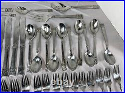 70 pc Oneida 18/10 Stainless Flatware Spoons/Forks/Knives/Serving