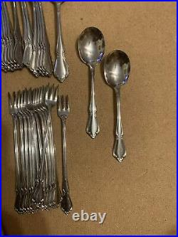 CHATEAU ONEIDA / ONEIDACRAFT DELUXE STAINLESS FLATWARE LOT Of 137 With Serving Pcs