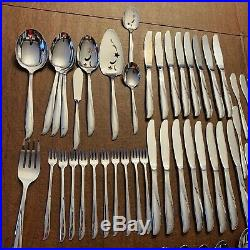 Excellent Vintage 119 Pc Oneida Community Twin Star Stainless Flatware Set