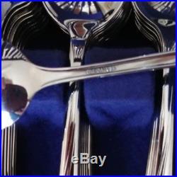 Gorgeous Vintage USA Oneida Stainless Flatware AMARYLLIS 72 Piece Service for 12