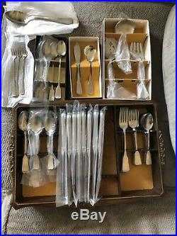 NOS 66pc Oneida Heirloom American Colonial Satin Stainless Flatware Set Cube MCM