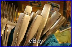 ONEIDA 71 PC Paul Revere Community Stainless flatware