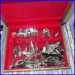 ONEIDA BRAHMS COMMUNITY STAINLESS FLATWARE LOT OVER 58 Pieces /w Case