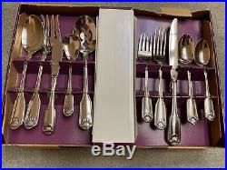 ONEIDA Classic Shell Stainless USA Flatware 66 pieces NEW
