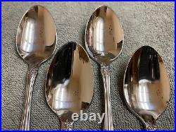 ONEIDA Renoir Pembrooke SSS BY Oneida stainless 20 pieces