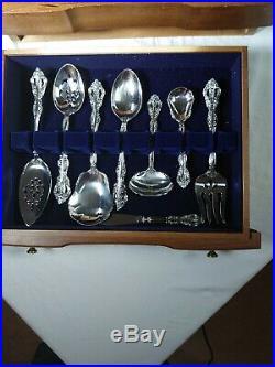 Oneida 113 PC Michelangelo Stainless Dinnerware From Earl Scruggs Estate