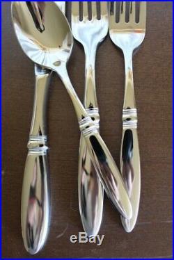 Oneida 18/10 5-05 Stainless Flatware Glossy 45 Piece Flatware Serving Pieces