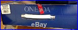 Oneida 18/10 Stainless Steel Flatware Set 65 Piece Service for 12 Bruschetta
