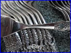 Oneida 18/8 USA Community Stainless VOILA VIOLA 77pc Set for 12 Looks Unused Exc