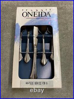 Oneida Bancroft 18/8 Stainless USA Flatware 40 piece set
