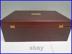 Oneida Bancroft 18/8 Stainless USA Flatware 45 pieces + Lined Storage Box