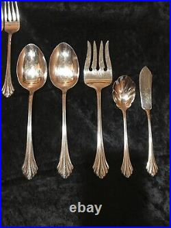 Oneida Bancroft Stainless Flatware Set 25 pieces Four 5-Pc Settings