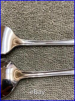 Oneida Bancroft Stainless steel Flatware 20 pieces