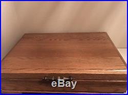 Oneida Betty Crocker Golden Clarette Community Stainless Flatware Set w Oak Box