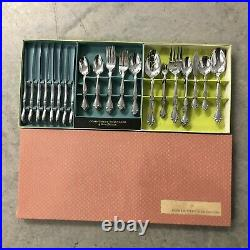Oneida CANTATA Glossy Community Stainless flatware 69 pieces Vintage Original