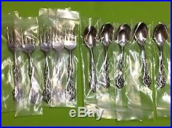 Oneida Chandelier Community stainless USA flatware Set of 37 pieces Unused