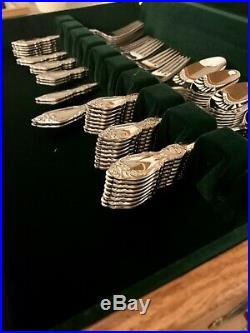 Oneida Community stainless flatware set, plantation design, 52 piece, New
