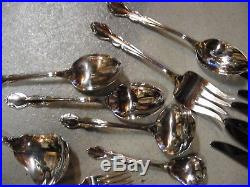 Oneida Cube Stainless Flatware Dover 46 pcs (-1 sal frk) Super Condition