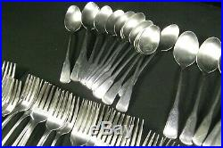 Oneida Deluxe INDEPENDENCE Stainless Flatware 72 Piece Set