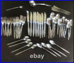 Oneida Deluxe LASTING ROSE Stainless Flatware Set Service for 8 EUC 53pc