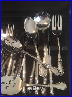 Oneida Distinction Deluxe HH Flatware Mansion Hall 91 Box Set 12 Place +Serving