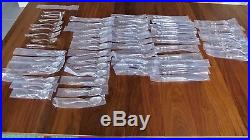 Oneida Dover/Heirloom Pattern Stainless Cube Stamped 60 piece set, Made in USA