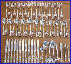 Oneida Dover/Heirloom Pattern Stainless Cube Stamped 61 piece set, Made in USA