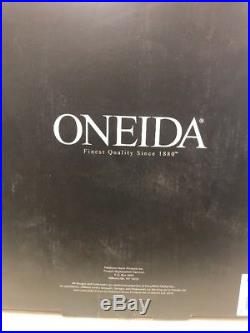 Oneida Flight 65-Piece Flatware Sets, Service for 12