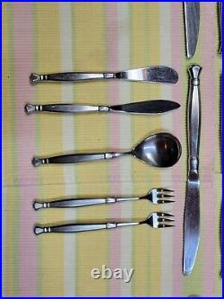 Oneida Heirloom Cube Act II (2) Stainless Steel flatware 63 pieces