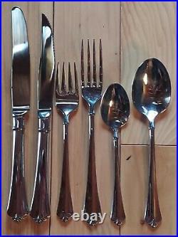 Oneida Julliard Stainless Flatware 24 Pieces 6 piece Service for 4