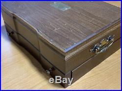 Oneida LTD Deluxe Golden Calla Lily Stainless 66pcs Serves 12