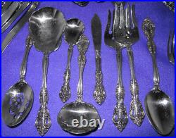 Oneida Michaelanglo Stainless Flatware Service for 12 Plus 8 Serving Piece