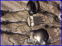 Oneida Michelangelo cube Stainless Flatware 60 pieces
