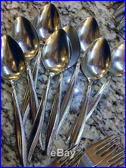 Oneida Oneidacraft Deluxe Textura 53 Piece Flatware Set Spoons Forks Many Extras