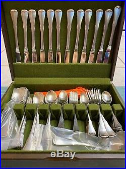 Oneida Patrick Henry Community stainless flatware 163 pieces Excellent