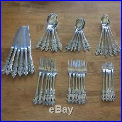 Oneida Raphael Distinction Deluxe HH Stainless USA Set of 42 Pieces (6 settings)