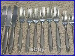 Oneida Risotto Flatware Set Of 29 Pieces Frosted 18/10 Stainless