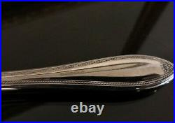 Oneida Sheraton Fine Flatware Set. Stainless steel. Used condition