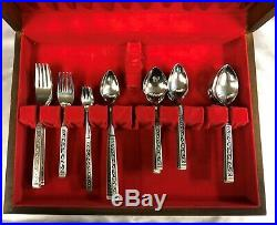 Oneida Spanish Court Stainless Flatware Silverware 83 Piece Set with or witho Box