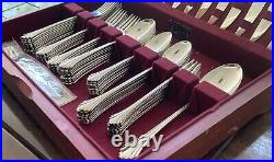 REMBRANDT by Oneida Distinction Deluxe HH 79 PC Set, Service for 10+ Stainless
