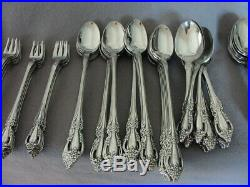 Stainless Steal Flatware Oneida Distinction Deluxe-raphael Set Of 98
