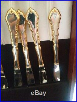 Unused Oneida Royal Chippendale 69 Pcs Stainless 24k Gold Trim Silverware Set