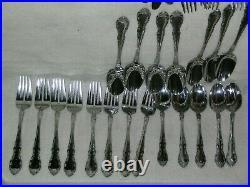 Vintage Oneida 45 Piece Stainless Steel Flatware Set Glossy Vietnam 9-06