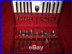 Vintage Oneida DUET Spanish Rose Stainless Silverware Flatware 90pc Set with chest